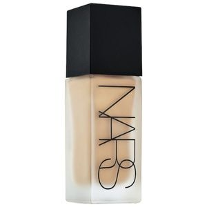 Nars All Day Luminous Weightless foundation 30 ml